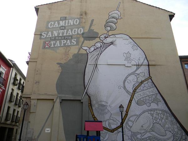 Murales di fianco all'albergo, in onore delle famigerate